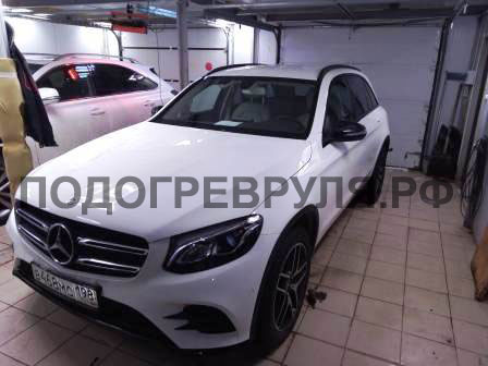 Установка подогрева руля на Mercedes GLA 200